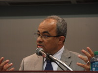 اسأل : مع الدكتور عماد شاهين